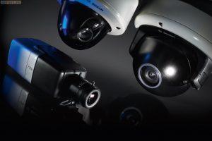 bagaimana cara memilih kamera cctv yang tepat? dengan pilihan kamera indoor dan kamera cctv outdoor